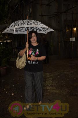 Farah Khan Visit The Kromakay Salon  Hindi Gallery