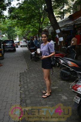Fatima Sana Shaikh Spotted At Bandra Lovely Images