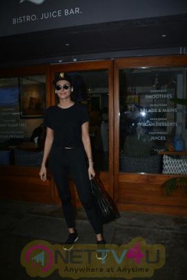 Mandna Karimi Spotted At Bandra Stylish Images