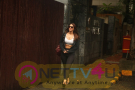Vaani Kapoor Spotted At Anshuka Yoga Gym In Bandra Cute Images English Gallery