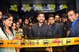 Allu Arjun Launches Buffalo Wild Wings Restaurant Pics Telugu Gallery