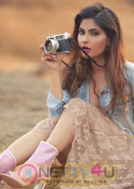 Actress Karishma Sharma Glamorous Hot Images