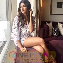 Actress Pooja Hegde Hot And Sexy Images Hindi Gallery