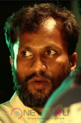 Oru Kuppai Kadhai Movie Working Photos And Movie Stills Tamil Gallery