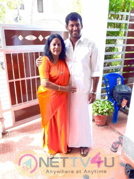 Actor Vishal Diwali Celebration Photos Tamil Gallery