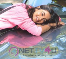 Pooja Hegde New Cute Pics