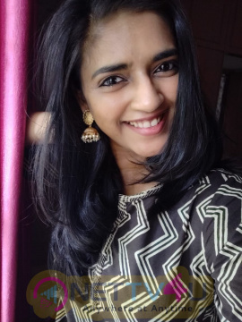 Actress Vasundhara Kashyap Lovely Images