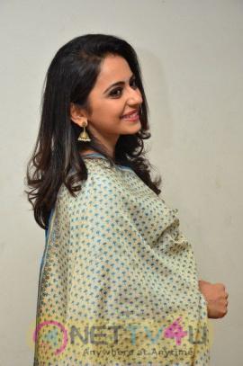 Rarandoi Veduka Chudham Press Meet Grand Pics Telugu Gallery