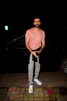 Kartik Aryan Spotted At Gym In Juhu  Superb Images  Hindi Gallery