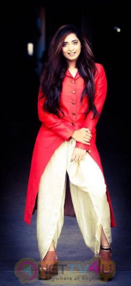 Actress Masoom Shankar Charming Stills