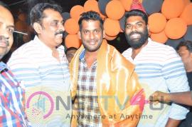 Vishal Launches V Square Sports Pics