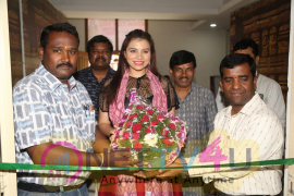 Pochampally Handloom Launch At Kalinga Cultural Hall Photos  Telugu Gallery