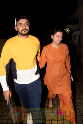 Zayed Khan And Kailash Kher Spotted At Pvr Juhu Best Images  Hindi Gallery