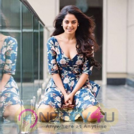 Actress Bindu Madhavi Attractive Images Tamil Gallery