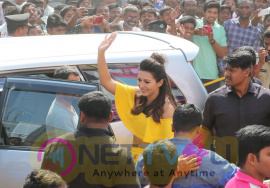 Cathrerine Tresa Launch B New Mobile Store At Kadapa Pics Telugu Gallery