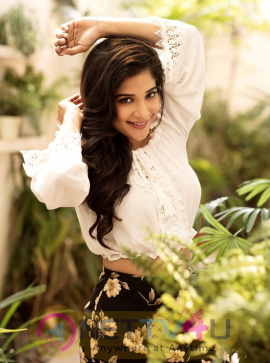 Sakshi Agarwal Latest Cute Pics