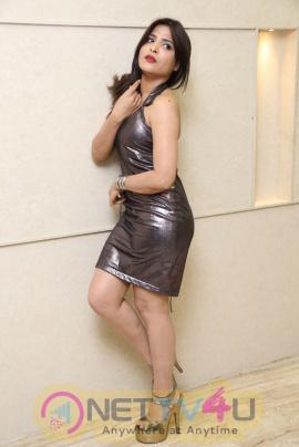 Actress Mamatha Chowdary Romantic Pics