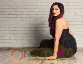 Model Malvika Billa Beautiful Stills Hindi Gallery
