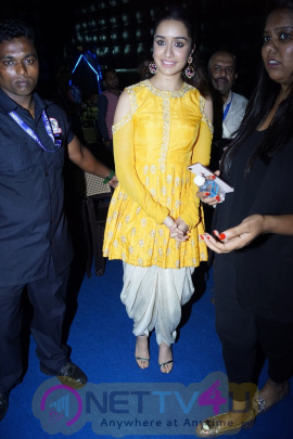 CM Manohar Parrikar & Shraddha Kapoor At IFFI 2017 Pics Hindi Gallery