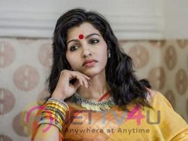 Actress Sai Dhanshika Good Looking Images