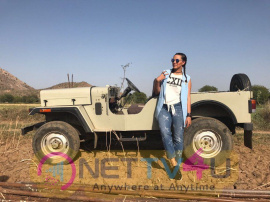 Neha Dhupia On The Sets Of Roadies Stunning Pics Hindi Gallery