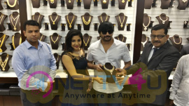 Actor Prashanth And Actress Sakshi Agarwal At Launch Of Joyalukkas Showroom In Velachery