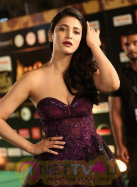 Shruti Haasan Hot And Sexy Pics  Telugu Gallery