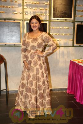 Actress Priya Anduluri Good Looking Images