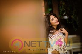 Actress Roshni Prakash Latest Pretty Pics Telugu Gallery