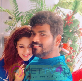 Vignesh Shivn & Nayanthara Romantic Photos For Christmas