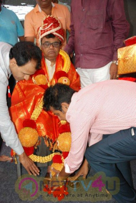 Dr.Raj Birthday Tagaru Film Trailer Release & Dwarakish Felicitation Pictures