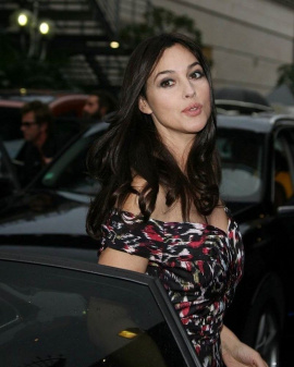 Actress Monica Bellucci Beautiful Stills