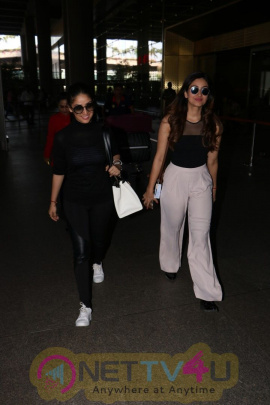 Images Of Yami Gautam With Her Sister Spotted At  Airport Hindi Gallery