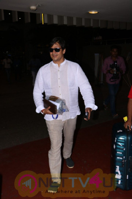 Vivek Oberoi Spotted At Airport Images