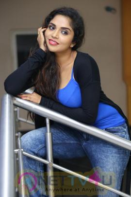 Actress Karunya Chowdary Romantic Stills