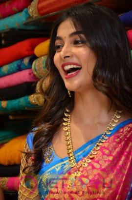 Actress Pooja Hegde Beautiful Stills