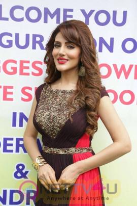 Actress Sudeepa Singh Cute Photos