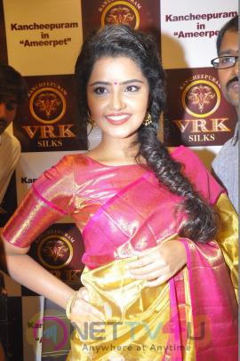 Actress Anupama Parameshwaran @ VRK Showroom GArnd Pics Telugu Gallery