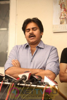Pawan Kalyan And Trivikram Meets K Vishwanath Grand Pics