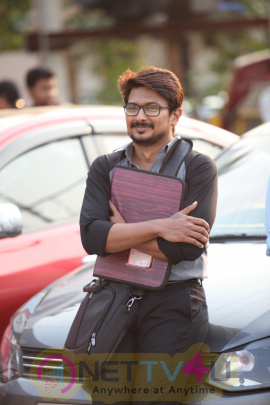 Ippadai Vellum Tamil Movie Good Looking Stills