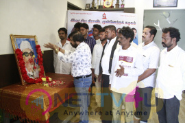 TR Pays Respect To MGR Stills