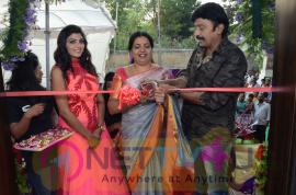 Rajasekhar Launches Sharis Salon Grand Pics