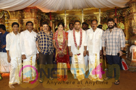 Wedding Pics Of Producer Abinesh Elangovan & Nandhini Ravindran Tamil Gallery