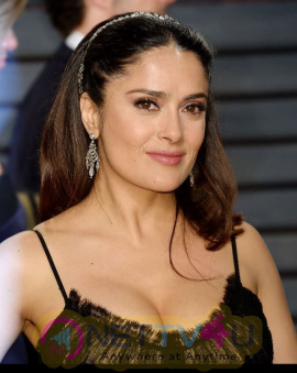 Salma Hayek Hot Oscar Pics English Gallery