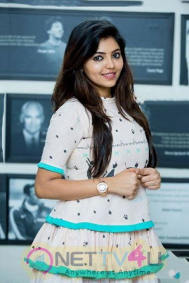 Actress Athulya Lovely Stills Tamil Gallery