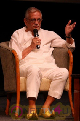 Gulzar At Whistling Wood Intrnationl Interact To Student Grand Photos Hindi Gallery