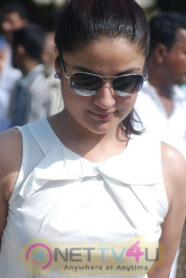 Actress Sonia Agarwal Photo Collections Tamil Gallery
