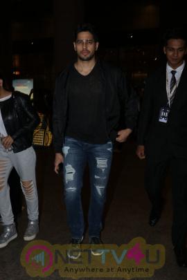 Sidharth Malhotra Spotted At Airport  Images Hindi Gallery