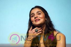 Actress Alia Bhatt Sexy Images Hindi Gallery