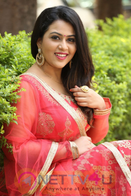 Actress Diana Champika Beautiful Photos